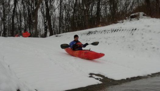 Bobfahren in die Donau statt Eiskanal