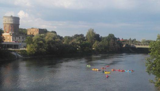 was ist denn da auf der Donau los?